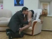 Une bonne baise en costard cravate